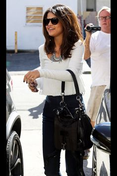 Selena Gomez outfit
