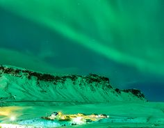 """Check out new work on my @Behance portfolio: """"Northen Lights in Vik - 06.03.2016"""" http://be.net/gallery/34909647/Northen-Lights-in-Vik-06032016"""