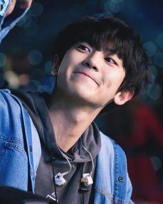 ( 찬열 - 214 score )🥇Chanyeol won gold medal so proud of you , congrats bby ! Baekhyun Chanyeol, Kpop, Fanfic Exo, Luhan And Kris, Exo 12, Kim Minseok, Xiuchen, Wattpad, Exo Members