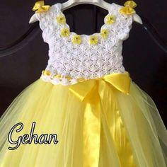 Crochet and tulle dress. Crochet Tutu Dress, Crochet Baby Dress Pattern, Baby Girl Crochet, Crochet Baby Clothes, Peach Flower Girl Dress, Flower Girl Dresses, Lace Top Dress, The Dress, Toddler Girl Dresses