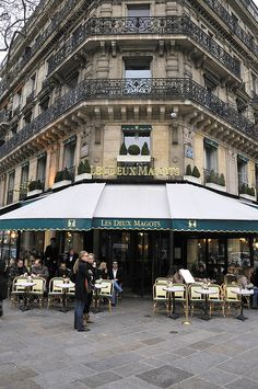 Les Deux Magots ,Paris,France Looking at this picture makes me feel like I'm back in Paris