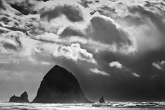 Haystack Rock | ©Jay Moore Photography