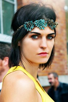 LE FASHION BLOG NYFW NEW YORK FASHION WEEK STREET STYLE BEJEWELED VIA ELLE STREET CHIC GREEN TEAL JEWELED HEADPIECE NECKLACES USED AS HEADBAND CHIC BOB YELLOW TANK TOP STRONG BROWS 1
