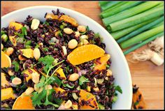 Black rice with mango and peanuts