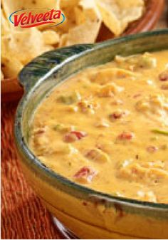 Chicken Fajita Queso Dip – This delicious appetizer recipe is loaded with onion, bell pepper and chicken flavored with fajita seasoning. It's a touchdown dip in our eyes!