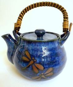 TEAVANA Dragonfly Blue China Tea Pot with Bamboo / Wooden Handle /Nice condition