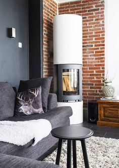Mustavalkoinenko muka tylsää? 32 modernia (ja silti kodikasta) olohuonetta! | Meillä kotona