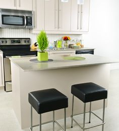small apartment kitchen furnishings