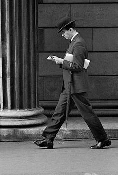 Frank Horvat - The '50s - England // 1959, London, City clerk (c)