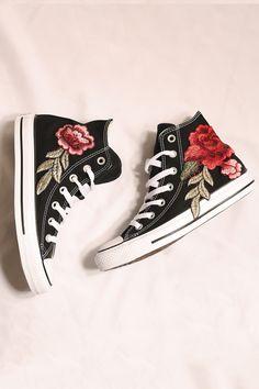 e12e5a0a124 Costom black converse rose all star high tops I size 8.5 I 80 euro Outfits  With