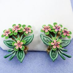 Vintage Enamel & Rhinestone Clip Earrings Tiny Pink Flowers Light Weight Floral Design Green And Pink Ladies And Girls Collectible Vintage Costume Jewelry, Vintage Costumes, Vintage Jewelry, 1940s Jewelry, Flower Lights, Silver Gifts, Antique Earrings, Clip Earrings, Enamel Jewelry