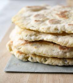 Naan, Pizza, Favorite Recipes, Bread, Ethnic Recipes, Food, Brot, Essen, Baking