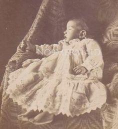 Memento Mori Photographs | Memento Mori: Victorian Death Photos / Victorian Post Mortem