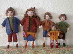 Dollhouse Family....Dollhouse Dolls....Wee Folk....Waldorf Doll....1:12 Scale....Folk Art Doll....Felt Dolls