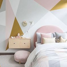 Geo goodness with our DIY wall mural using our favourite combo of paints, with special mention to the Gold Effect paint, from @duluxaus Remember when embarking on a wall like this planning and patience is the key!!!!! #dulux #girlsbed #girlsroom #girlsbedroom #girlsroomdecor #girlsbedroominspo #wallmural #geomural
