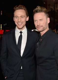 Brian Tyler and Tom Hiddleston at event of Thor: The Dark World