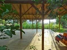 I'd like to get away for a couple of weeks, detox, meditate and yoga here.