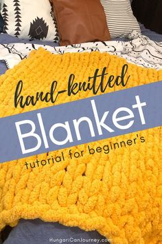 A DIY knitted blanket is the perfect item to stay warm and decorate your home. Chunky yarn blanket is a easy, fun project that anybody can make. Chenille bulky yarn is inexpensive and perfect for hand-knitting. Chunky Yarn Blanket, Chenille Blanket, Hand Knit Blanket, Knitted Blankets, Diy Projects For Beginners, Cool Diy Projects, Knitting For Beginners, Stocking Pattern, Arm Knitting