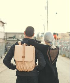 http://design-milk.com/transfold-backpack-bag-expands-contracts/