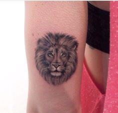 35 Cool Lion Tattoo Designs for Men Lion Head Tattoos, Leo Tattoos, Tattoos Skull, Animal Tattoos, Forearm Tattoos, Finger Tattoos, Future Tattoos, Body Art Tattoos, Small Tattoos