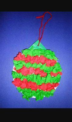 Een kerstbal maken voor peuters en kleuters.