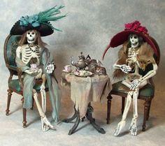The Haunted Dollhouse - Patricia Paul Studio