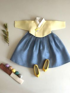 Dolly Fashion, Kids Fashion, Fashion Outfits, Womens Fashion, Korean Traditional Dress, Traditional Dresses, Modern Hanbok, Korean Dress, Vintage Couture