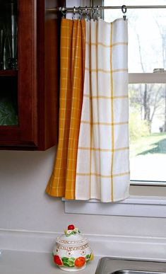 How To Make Kitchen Towel Curtain Tiers which is a feature for Waste Not Wednesday-218 by Petticoat Junktion   www.raggedy-bits.com Cute Curtains, Curtains With Rings, Colorful Curtains, Hanging Curtains, Ikea Kitchen, Kitchen Towels, Kitchen Ideas, Yellow Kitchen Curtains, Ikea Yellow