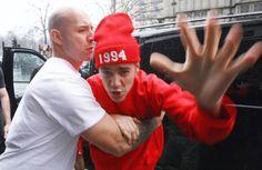 6. Bieber vai parar de se meter em confusão.