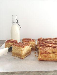 Vaniljekake i langpanne — FAMILIEMAT Danish Dessert, Let Them Eat Cake, No Bake Desserts, I Love Food, Easy Dinner Recipes, Nom Nom, Food And Drink, Sweets, Cooking