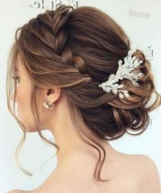 Festliche Frisuren Mittellanges Haar Haarstrends 2017 Feines haar 2017 & Best Frisuren 2017 The post 7 peinados elegantes para Novias appeared first on Aktuelle. Braided Hairstyles For Wedding, Elegant Hairstyles, Up Hairstyles, Hairstyle Ideas, Wedding Hairstyles Up, Wedding Updo With Braid, Bridal Hairstyles With Braids, Bridesmaids Hairstyles, Amazing Hairstyles