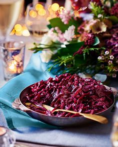 red cabbage in pomegranate juice - Best Christmas Side Dishes