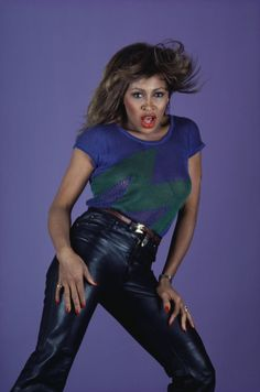 Tina Turner Proud Mary, Ike And Tina Turner, My Black Is Beautiful, Hello Gorgeous, Iconic Women, Female Singers, Foto E Video, Amazing Women, Black Women