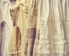 Летние бежевые бохо юбки и платья. шитье, кружево и натуральные ткани.