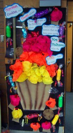 classroom door ideas for teacher appreciation week Preschool Bulletin Boards, Classroom Bulletin Boards, Classroom Door, Classroom Design, Classroom Themes, Preschool Door, Bullentin Boards, Classroom Teacher, Kindergarten Classroom