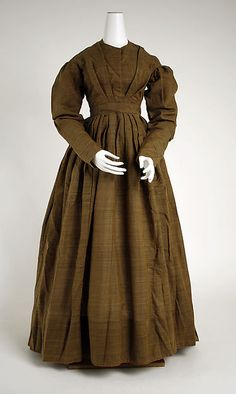 Dress (image 1) | American | 1830s | wool | Metropolitan Museum of Art | Accession #: 1976.209.2