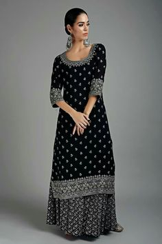 Black Sequins Emrboidered Kurta and Sharara Pants Set by Virsa Indian Party Wear, Indian Wear, Indian Dresses, Indian Outfits, Casual Dresses, Fashion Dresses, Quoi Porter, Kurta Designs Women, Pakistan Fashion