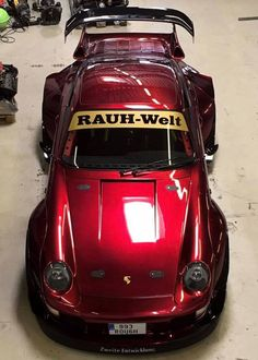 Throughout the early stages of the Jaguar XK-E, the lorry was supposedly planned to be marketed as a grand tourer. Porche 911, Porsche 911 Turbo, Porsche Cars, New Sports Cars, Sport Cars, Custom Porsche, Rauh Welt, Vintage Porsche, Chef D Oeuvre