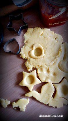 Μπισκότα πάστα φλώρα - συνταγή mamatsita.com - mamatsita.com Party, Flora, Pie, Cheese, Cookies, Desserts, Christmas, Recipes, Recipies