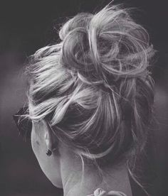 Great messy bun!
