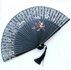 Antique Hand Fan Styles Black antique chinese bamboo folding silk hand fans for gift and art Antique Fans, Vintage Fans, Hand Held Fan, Hand Fans, Chinese Bamboo, Chinese Flowers, Chinese Fans, Fan Decoration, Bamboo Crafts