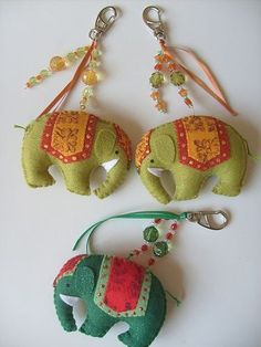 beautiful felt boho style elephants Felt Crafts, Fabric Crafts, Sewing Crafts, Diy And Crafts, Sewing Projects, Arts And Crafts, Felt Christmas Ornaments, Handmade Ornaments, Christmas Crafts