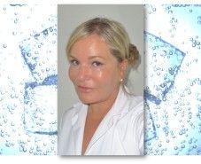 Laila Evjensvold driver Klinikk Førde i Sogn og Fjordane. Les hennes råd om å reparere sommerhud.