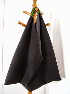 DIY Triangle Bag + FREE Pattern Instructions - Greenie Dresses For Less