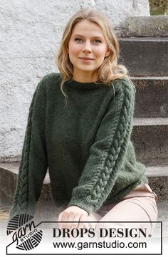 Deep Woods Sweater / DROPS 215-5 - Gratis strikkeopskrifter fra DROPS Design Knitting Patterns Free, Knit Patterns, Free Knitting, Drops Patterns, Drops Design, Raglan Pullover, Pullover Sweaters, Work Tops, Knit Crochet