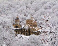 Winter in Armenia Dadivank Monastery Armenian History, Armenian Culture, New Year Packages, Armenia Azerbaijan, Christian Art, Christian Paintings, My Heritage, Kirchen, Eastern Europe