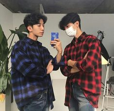 Image about boys in Abiguinhas by Korean Boys Ulzzang, Ulzzang Couple, Ulzzang Boy, I Hate Boys, 2 Boys, Korean Best Friends, Boy Squad, Boy Best Friend, Korea Boy