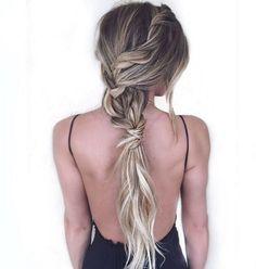 20 Lekre festfrisyrer til langt hår | Costume.no