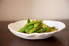 Sugar Snap Peas with Lemon-Chili Breadcrumbs recipe on Food52.com