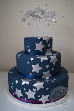 Stars cake ! Bolo estrelas em azul marinho!